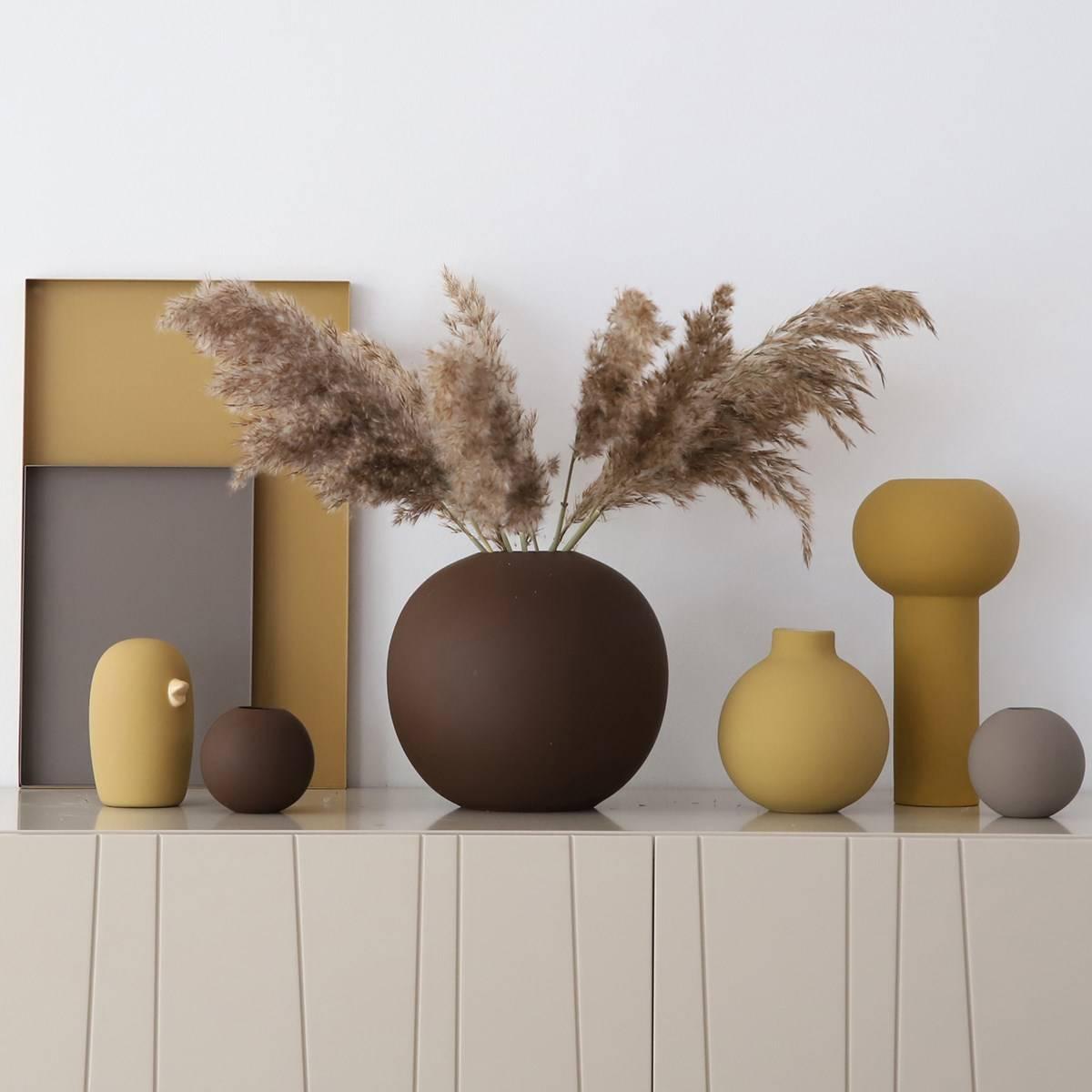 Ball Vase - Coffee